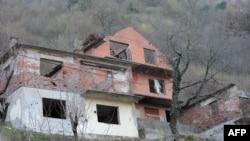Jedna od razorenih kuća u BiH koja čeka obnovu