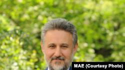 Marius Lazurca, ambasadorul României la Budapesta