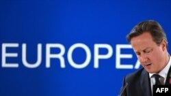 Премьер-министр Великобритании Дэвид Кэмерон на пресс-конференции в Брюсселе 24 октября 2014 года