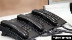 Ukraine -- Telefony, 25Mar2014