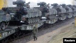 Тэхніка краінаў NATO у Літве, архіўнае фота