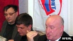 Игорь Кучумов (c), Сергей Орлов һәм Николай Швецов