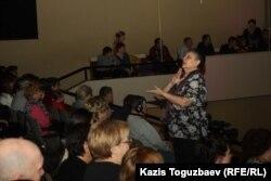 """""""Новая жизнь"""" шіркеуіндегі уағыз. Алматы, 28 қаңтар 2013 жыл. (Көрнекі сурет)"""
