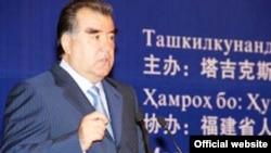 Сhina -- The president of Tajikistan, Emomali Rahmon, during his vist to China, 3Jun2012