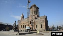 19-րդ դարի եկեղեցի Գյումրիում, 24-ը նոյեմբերի, 2013թ.