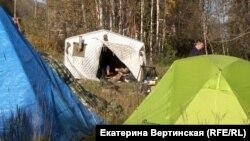Лагерь единомышленников якутского шамана Александра Габышева, сентябрь 2019 года