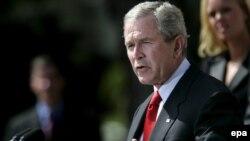 Джордж Буш призвал конгресс отменить льготы для нефтяников, занимающихся добычей в трудных условиях