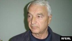 Bujar Bukoshi