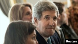 John Kerry pak para takimit të tij me Sergei Lavrovin në Londër