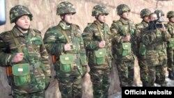 Солдаты азербайджанской армии