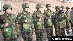 Ադրբեջանական բանակի զինվորներ, արխիվ