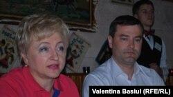 Valentina Bardajan şi viceministrul transporturilor Anatolie Usatâi