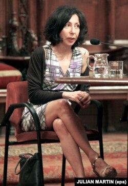یاسمینا رضا، نویسنده و نمایشنامهنویس فرانسوی