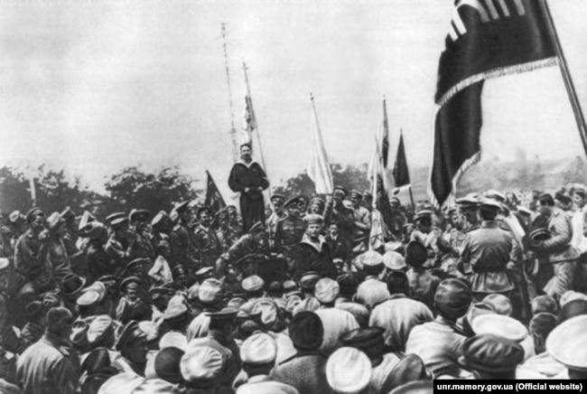 Речь делегата Балтийского флота перед моряками-украинцами в Севастополе, лето 1917 г.