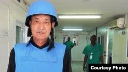 Дәрігер Телжан Жүнісбеков Кот-д'Ивуардағы күндердің бірінде.