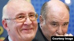 Специјалниот пратеник на грузискиот премиер за односи со Русија, Зураб Абашиѕе и рускиот заменик министер за надворешни работи Григориј Карасин
