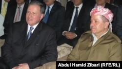 رئيس اقليم كردستان العراق مسعود بارزاني والقنصل الفرنسي العام الان كيبرات