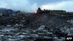 На місці авіакатастрофи, 17 липня 2014 року