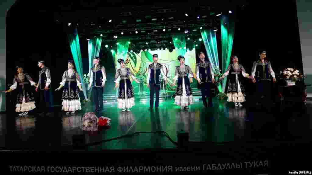 Айдар Фәйзрахманов җитәкчелегендәге Татар дәүләт фольклор музыкасы дәүләт ансамбле