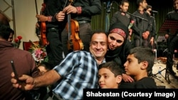 Первый в истории концерт в городе Кум иранской музыкальной группы, 27 сентября 2016 года