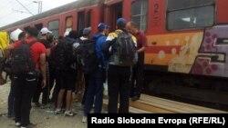 Мигранти во Гевгелија.