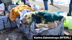 Пледы и одеяла для участников акции