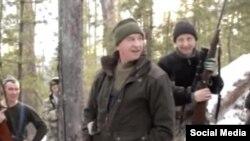 Кадр из видео с охотой иркутского губернатора Сергея Левченко