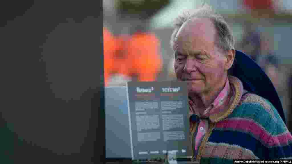 Гість «Євробачення» 75-річний Грехем із Нової Зеландії каже, що вражений, і що хлопці молодці