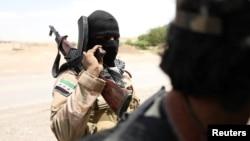 شبهنظامیان کرد و عربِ درگیر با داعش، رو یکشنبه از «تجدید قوا» و پیوستن هزار نیروی تازهنفس به جبهههای شرق و غرب رقه خبر دادند