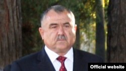 Аксҳои Нуриддин Раҳмон