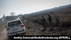 Автомобіль ОБСЄ у Золотому Луганської області, 2 листопада 2019 року