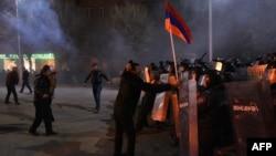 Столкновения в Гюмри 15 января