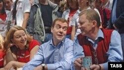 В прошлом году нашенский лагерь посетили Дмитрий Медведев и Сергей Иванов