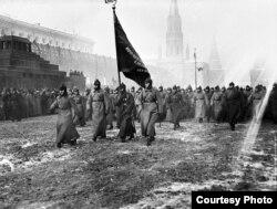 Военный парад 7 ноября 1927 года