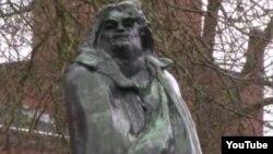 """""""Balzak"""" əsəri. XIX əsr Fransız heykəltəraşı Auguste Rodin"""