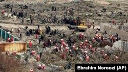 За повідомленням РНБО, додому повертаються зокрема «рятувальники, які з першого дня працювали на місці трагедії»