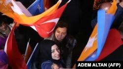 АК партия жактоочуларынын майрамы. Анкара, 1-ноябрь, 2015-жыл.