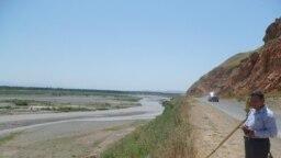 Сузак районунун Кара-Дарыя айылындагы сай.