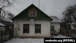 Дом, у якім жывуць гаспадары сабакі