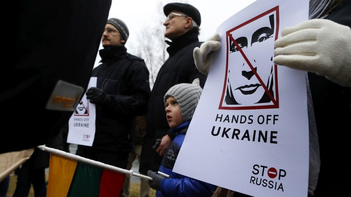 Что известно о ICG, которая предложила Европе «гибкий санкционный подход к России»