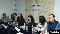 «Հայաստան - Թուրքիա» կինոպլատֆորմին նվիրված ասուլիսում: 15-ը ապրիլի, 2010թ.