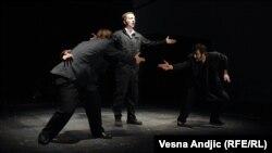 """Predstava """"Let iznad kosovskog pozorišta"""" u CZKD-u"""