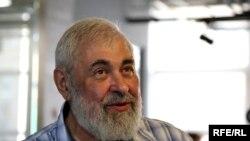 Писатель Александр Нилин