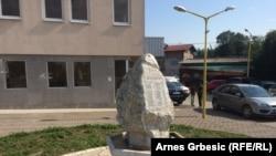 Memorijal posvećen žrtvama bombardovaja Tešanjke