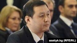 Санжар Үмөталиев.