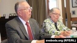 Былы амбасадар Дэвід Суорц заклікае ЗША прызнаць Раду БНР