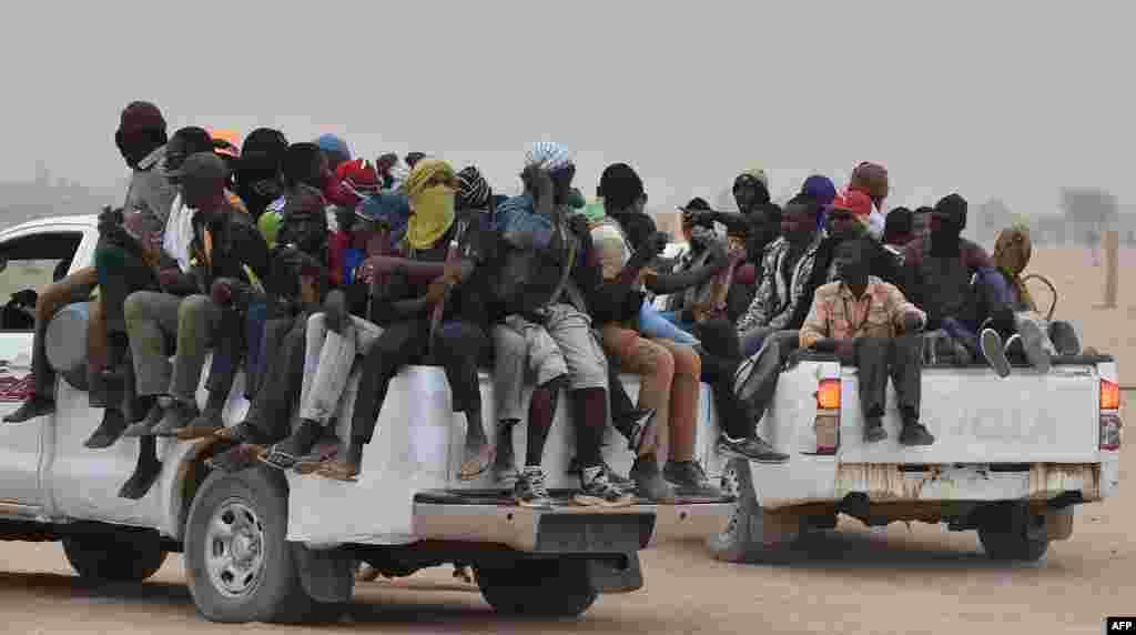 ЛИБИЈА - ОН соопштија дека најмалку 44 лица се убиени, а повеќе од 130 повредени во воздушен напад врз прифатен центар за мигранти во главниот град на Либија, Триполи.