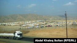 مخيم باجد كندالا للنازحين الأيزيديين قرب معبر فيشخابور