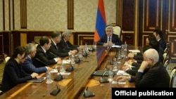 Armenia - President Serzh Sarkissian meets with members of a commission on constitutional reform, 13 March, 2015