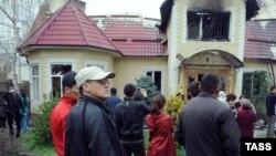 Курманбек Бакиевдин Бишкектеги үйү, 8-апрель, 2010-жыл